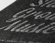 黒気包紙Uと活版印刷