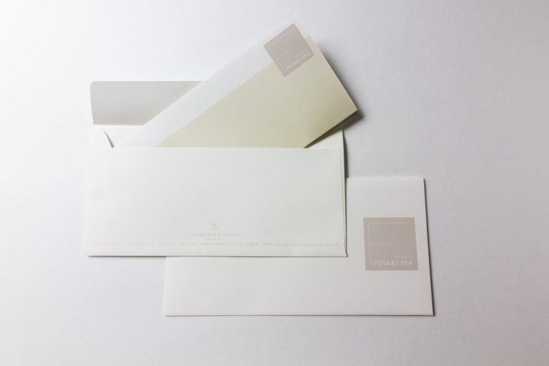 封筒とレターヘッド