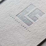 グムンドコットンホワイトに銀、パール印刷