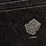 黒気包紙U|黒紙に活版印刷銀刷り