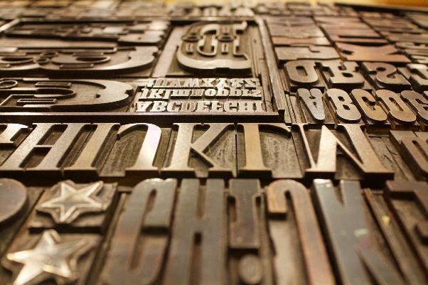 ローマ字の木活字